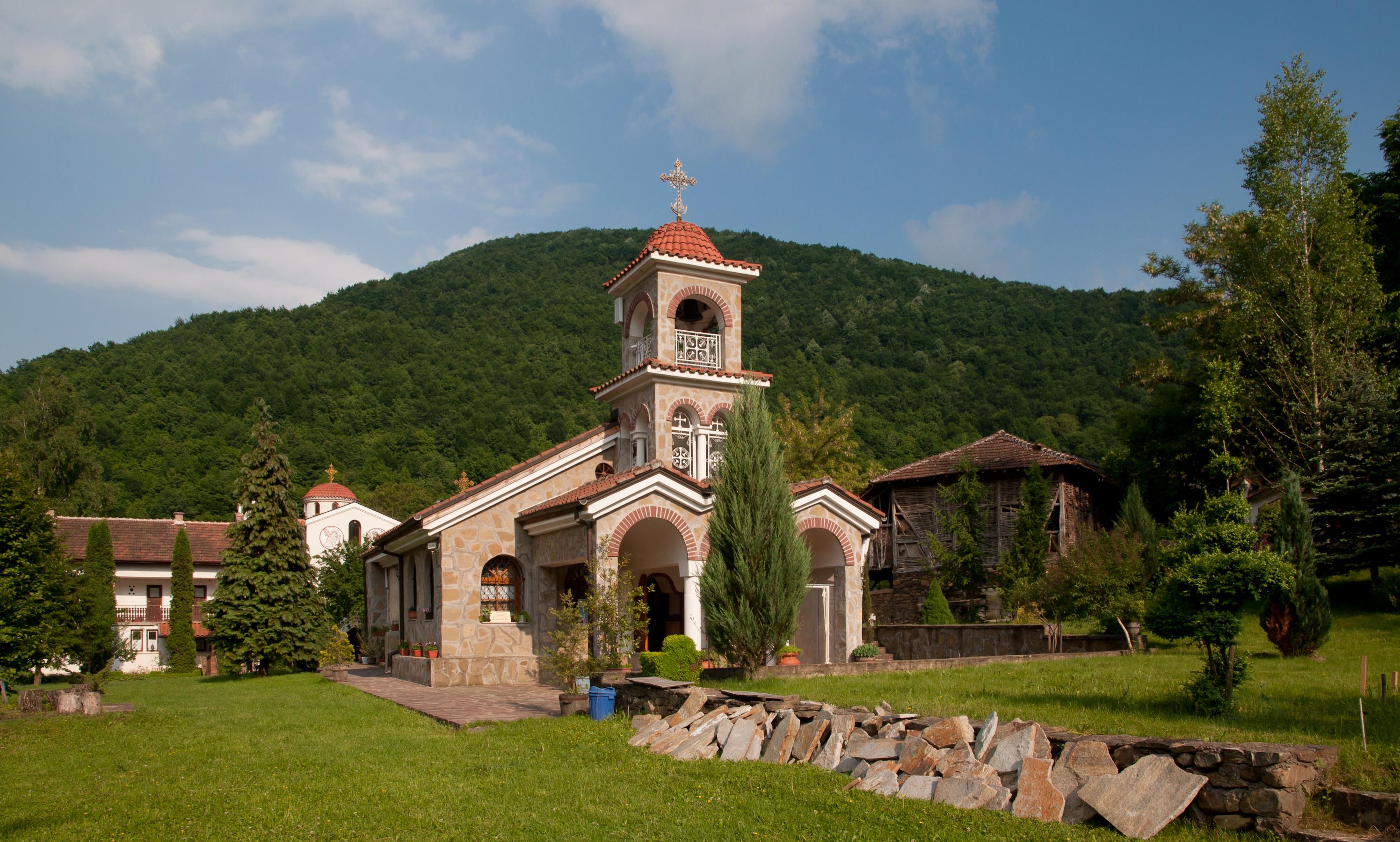 Vrachesh_Monastery
