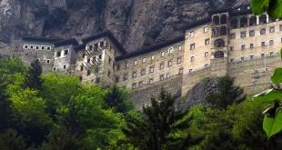 019_327_he-ref-pontos-monastery_2_0-660x330